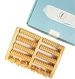 Fußmassageroller aus Holz in Premiumqualität von LILIENFELDT. Fußroller für aktive Fußreflexzonenmassage