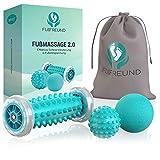 FUßFREUND Premium Fußmassagegerät Fußmassage Roller [3er Set] - Verbessertes Konzept 2020 - Innovativer Fußmassageroller Fuß Igelball zur Stressreduzierung und Entspannung - Massage Ball Fußroller